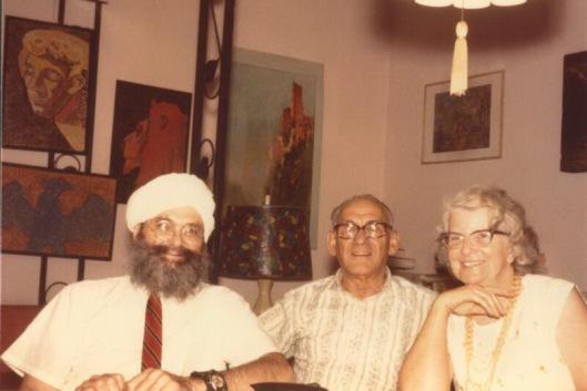 Sa lleva na desno: Grady, Israelr regardie i Phyllis Seckler