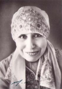 Mirra Alfassa (Majka)