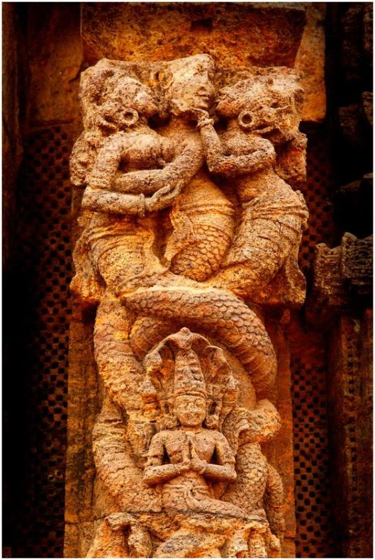 Nagas, Konarak temple, Odisha