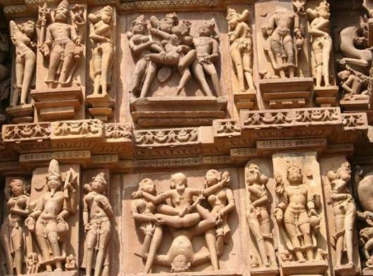 Erotika u Hadjuraho hramu